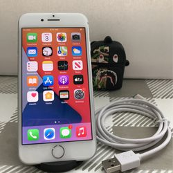 iPhone 8 - ATT / CRICKET / T-MOBILE / H20 - White - 64 GB for Sale in Fresno, CA