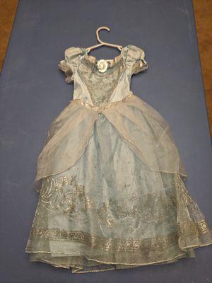 Disney princess Cinderella dress costume 3T for Sale in Gilbert, AZ