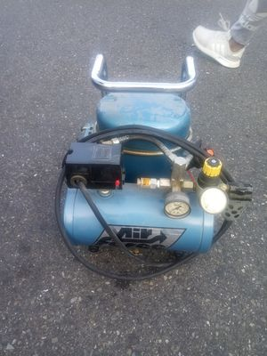 Werther - P15-TC - Werther P15-TC 115V Ultra-Quiet Oil-lubricated Air Compressor for Sale in Kirkland, WA
