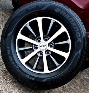 2020 FORD EXPEDITION RIMS OEM & BRAND NEW TIRES ___ 0 MILES for Sale in Houston, TX