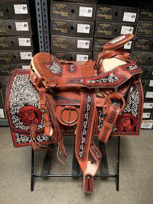Monturas bordadas for Sale in Inglewood, CA
