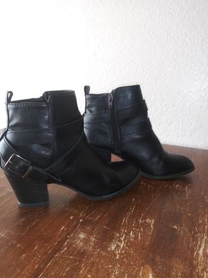 Women's Express Boots size 7 for Sale in Apple Valley, CA