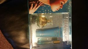 Gift set 3pcs for Sale in Cleveland, OH