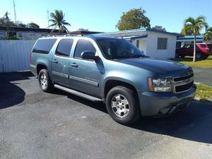 Gorgeouss condition 2010 Chevy Suburban LT fully loaded leather panoramic sunroof 3 row seat clean title good miles guaranteed approval for everyone! for Sale in Miramar, FL