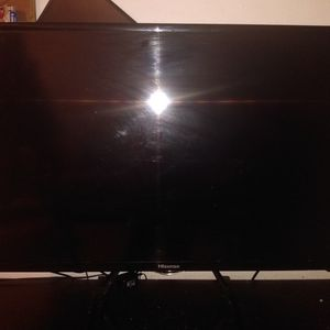 """Smart Tv 40"""" Led 42"""" And Led 32"""" for Sale in Louisville, CO"""