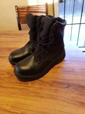 Steel toe Work boots size 10w (brand new) asking $25 firm... for Sale in Modesto, CA