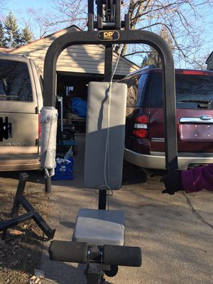 Weight set for Sale in Redford Charter Township, MI