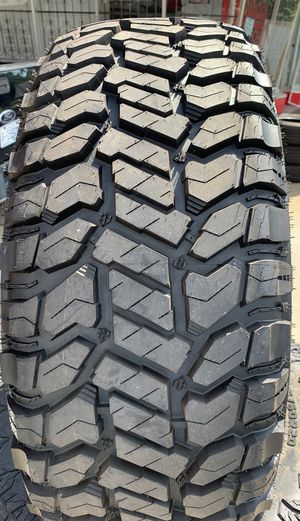 285/60r20 Patriot Rugged Terrain for Sale in Charlotte, NC