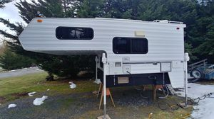 2007 Pastime camper 8 feet for Sale in Arlington, WA