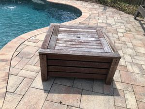 Free outdoor storage for Sale in Lutz, FL