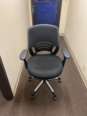 Like new office chairs for Sale in Los Alamitos, CA