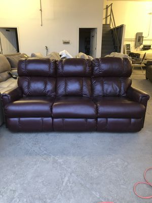 La-Z-Boy Leather Recliner Couch Sofa for Sale in Columbus, OH