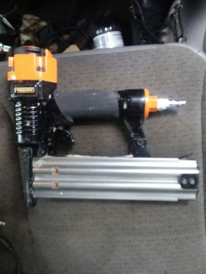 Freeman 18 gauge air nail gun for Sale in Washington, DC