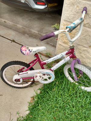 Small girls bike for Sale in Hutto, TX