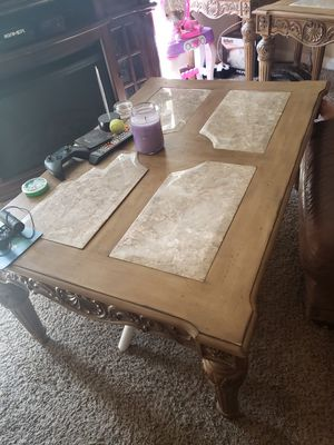 Coffee table with end tables for Sale in Tampa, FL