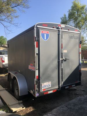 Box trailer 2 axle for Sale in Riverside, CA
