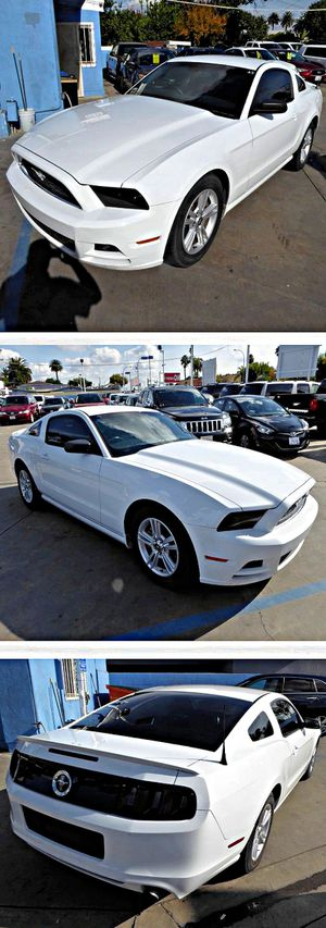 2014 Ford MustangV6 Coupe for Sale in South Gate, CA