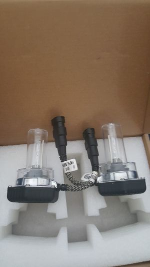 Hid bulbs headlights for Sale in Maywood, IL