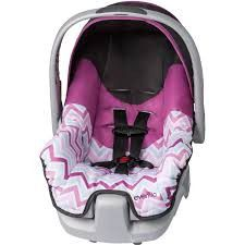 Baby girl car seat for Sale in Northfield, MN