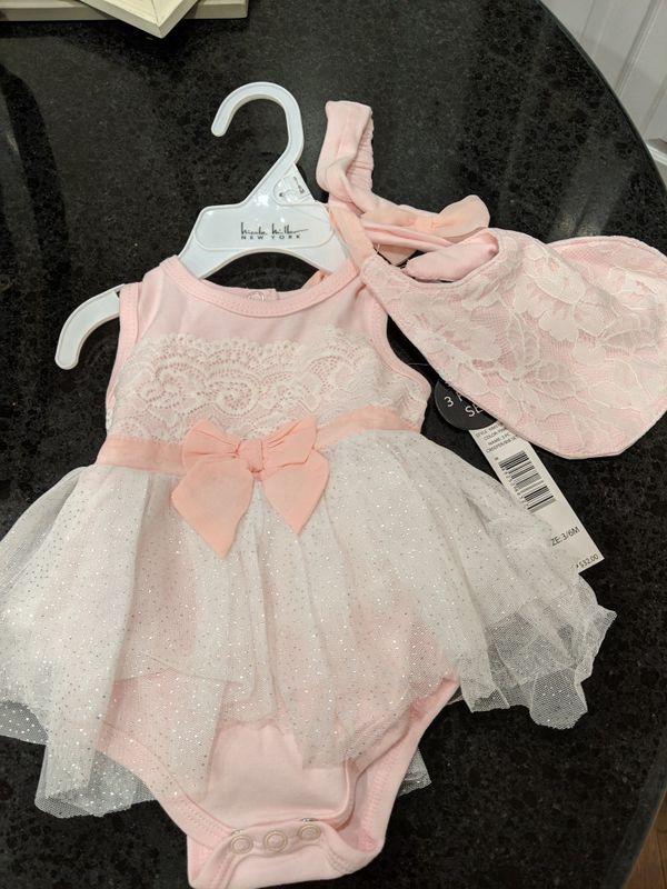 3-6 month adorable baby Nichole Miller set
