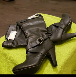 Women Tall boots Size 6 for Sale in Brooklyn, NY