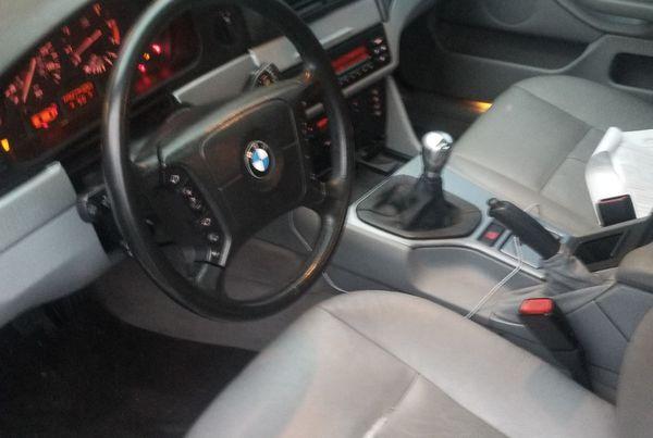 BMW 525i 5 speed manual