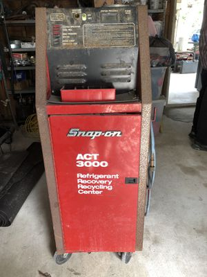 Snap-on ACT 3000 Refrigerant Recovery Recycling Center for Sale in LAUD LAKES, FL
