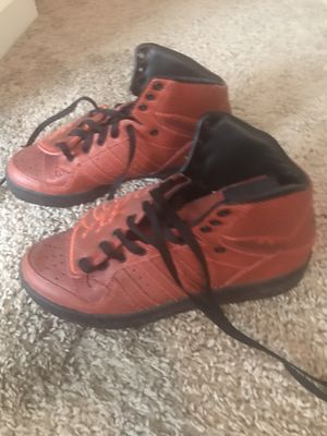 Adidas Jeremy Scott size 7.5 men's for Sale in Hampton, GA