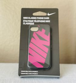 Nike Classic Phone Case Holder iPhone 5, iPhone SE for Sale in Oceanside,  CA
