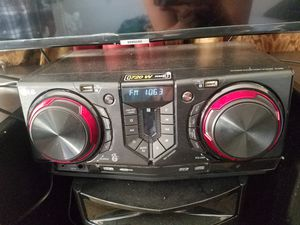 LG Stereo System for Sale in Fresno, CA