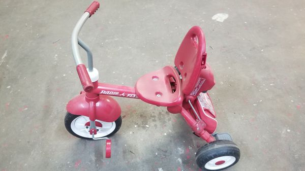 Radio Flyer Tricycle/Good Shape/Missing push/pull stick