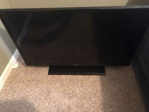 Samsung TV 40 IN for Sale in Ashland, MO