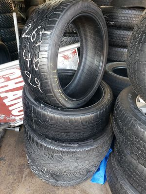265/40/22 2 good used tires for Sale in Haltom City, TX