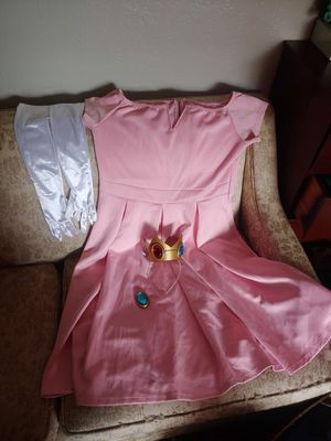 Princess peach costume. for Sale in Tacoma, WA
