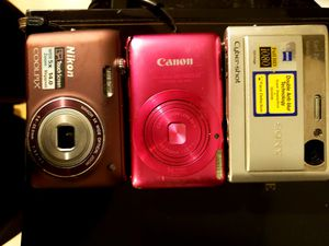 3 piece digital camera set for Sale in Tampa, FL