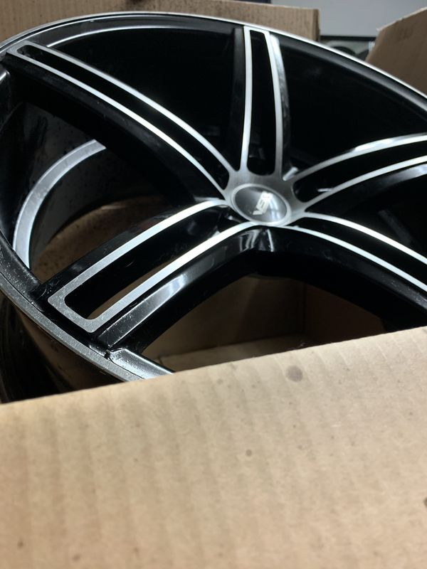 Make a serious offer/ 19inch staggered set
