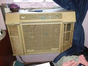 Whirlpool ac window unit for Sale in Chesnee, SC
