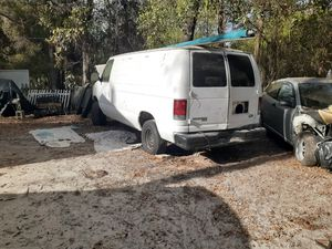 1998 e250 van with good transport good windows dash board doors windshield bumpers what part do you need for Sale in Spring Hill, FL