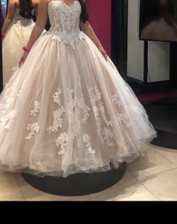 Quinceanera / Sweet 16 Dress for Sale in Pembroke Pines,  FL