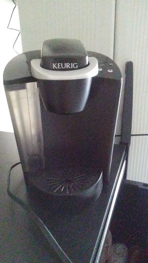 Keurig coffee brewer for Sale in Arlington, TX