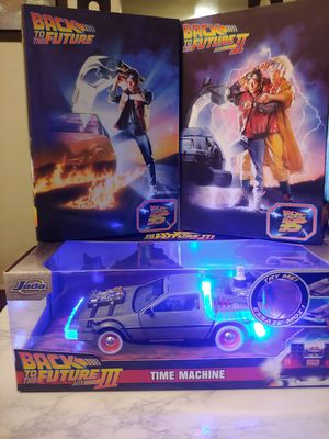 BACK to THE FUTURE 1 & 2 MARTY MCFLY and Light ⚡ up DELORIAN from BACK to THE FUTURE 3 bulk package for Sale in Long Beach, CA