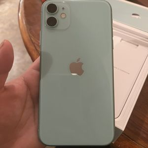 iPhone 11 (Verizon) for Sale in Winter Haven, FL