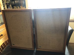 Vintage knight speakers for Sale in Tacoma, WA