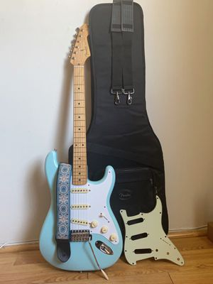 Fender Classic Series '50s Stratocaster Electric Guitar for Sale in Los Angeles, CA