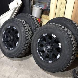 Mud Terrain Wheels For Chevy Silverado Tahoe GMC Sierra for Sale in Berwyn, IL
