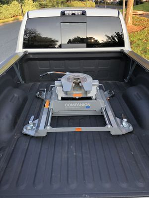 BW 5th wheel hitch for Sale in Gaithersburg, MD
