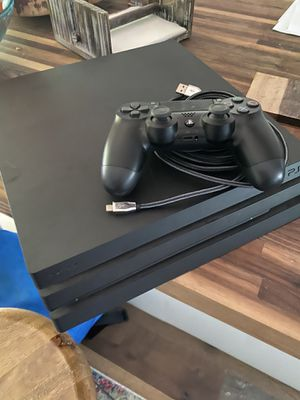 PS4 Pro for Sale in Oregon City, OR