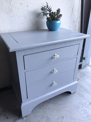 Decorative Gray End Table for Sale in San Diego, CA