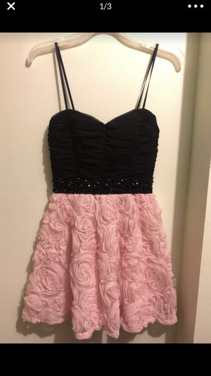 Wetseal flower prom/party dress for Sale in Chicago Ridge, IL