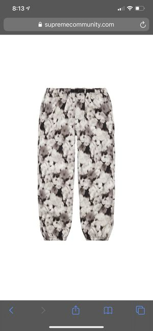 Supreme liberty floral belted pant for Sale in Las Vegas, NV